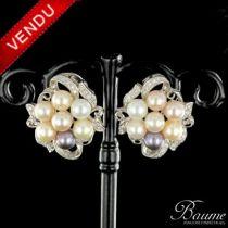 Boucles d 'oreilles diamants et perles multicolores