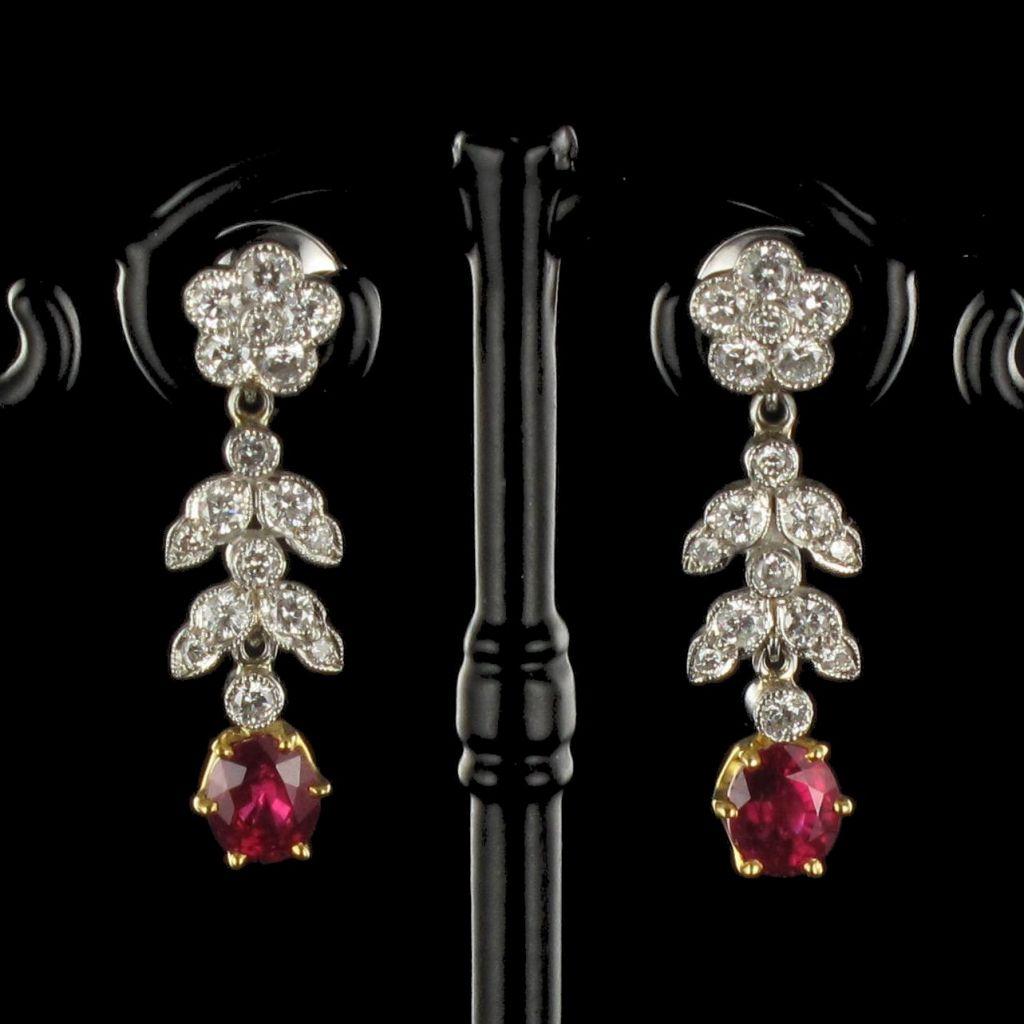 Boucles d 'oreilles Diamants et Rubis G 2