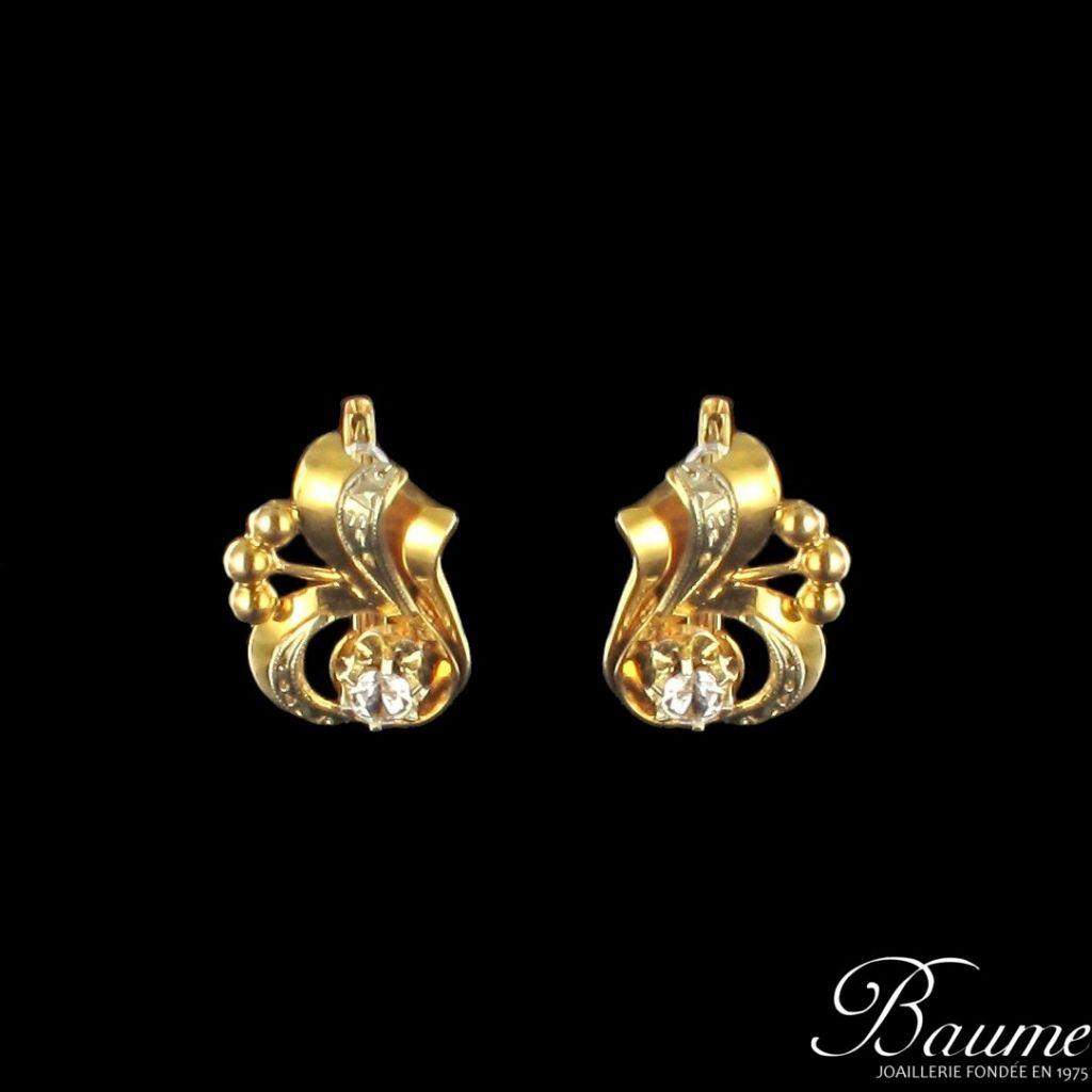 Boucles d 'oreilles en or années 1940