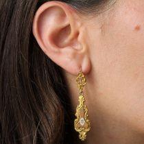 Boucles d\'oreilles anciennes émaillées