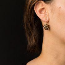 Boucles d\'oreilles anciennes noeuds d\'or et de cheveux