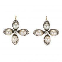 Boucles d\'oreilles anciennes trèfles perles fines et diamants
