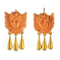 Boucles d\'oreilles anges corail et or