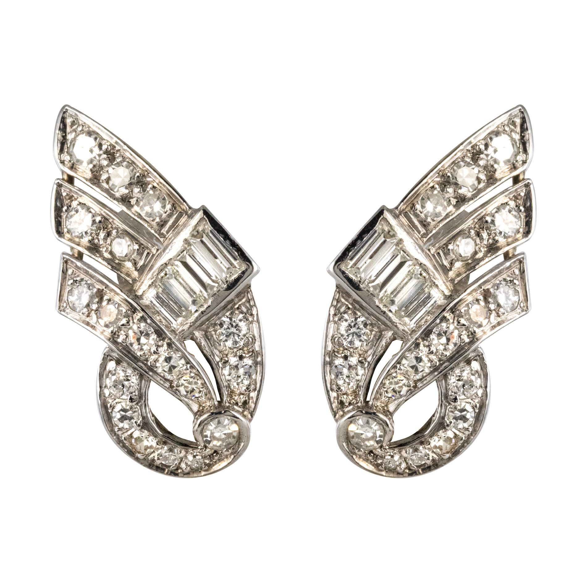 Boucles d\'oreilles art déco diamants