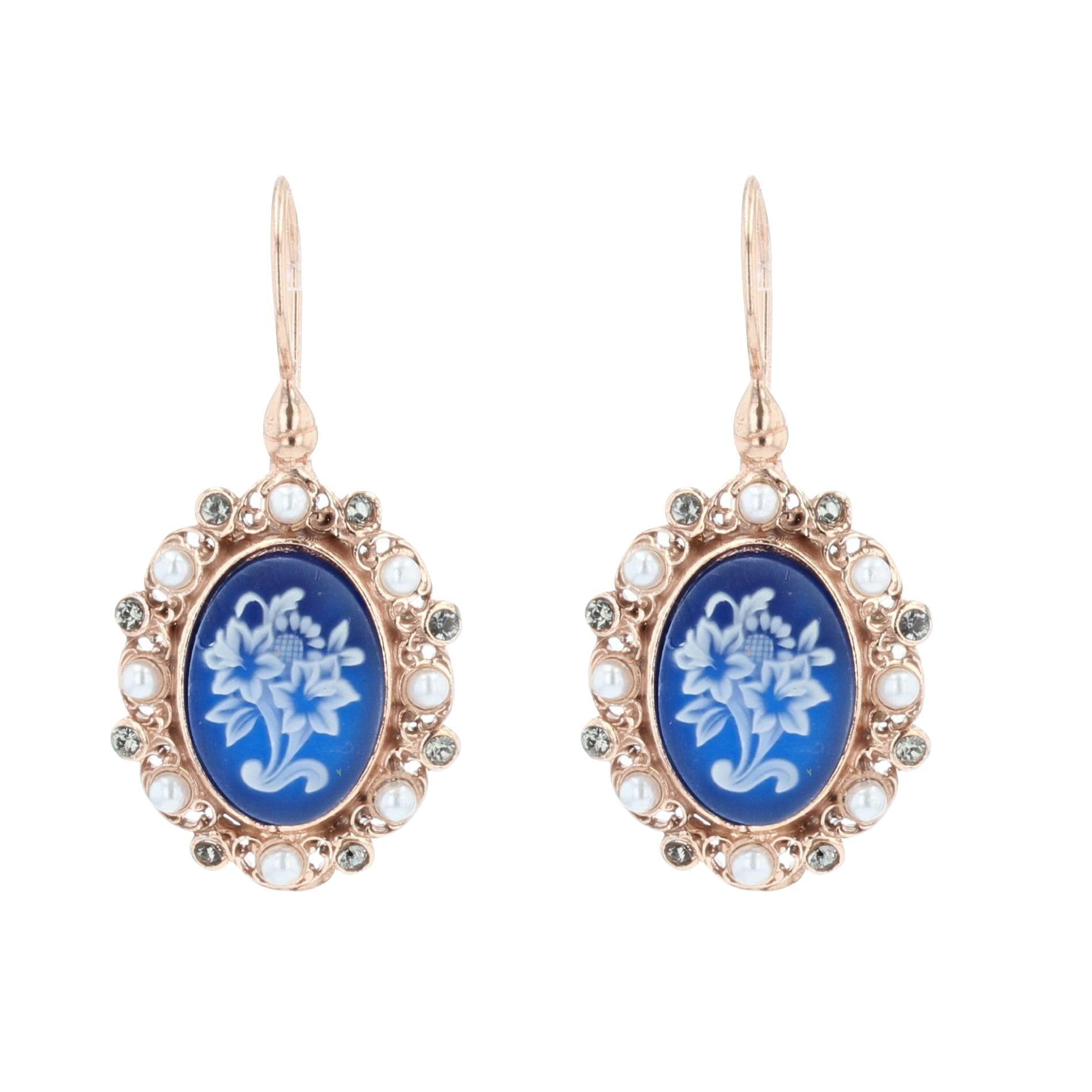 Boucles d\'oreilles camées perles et cristaux