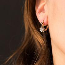 Boucles d\'oreilles dormeuses diamants 2 ors