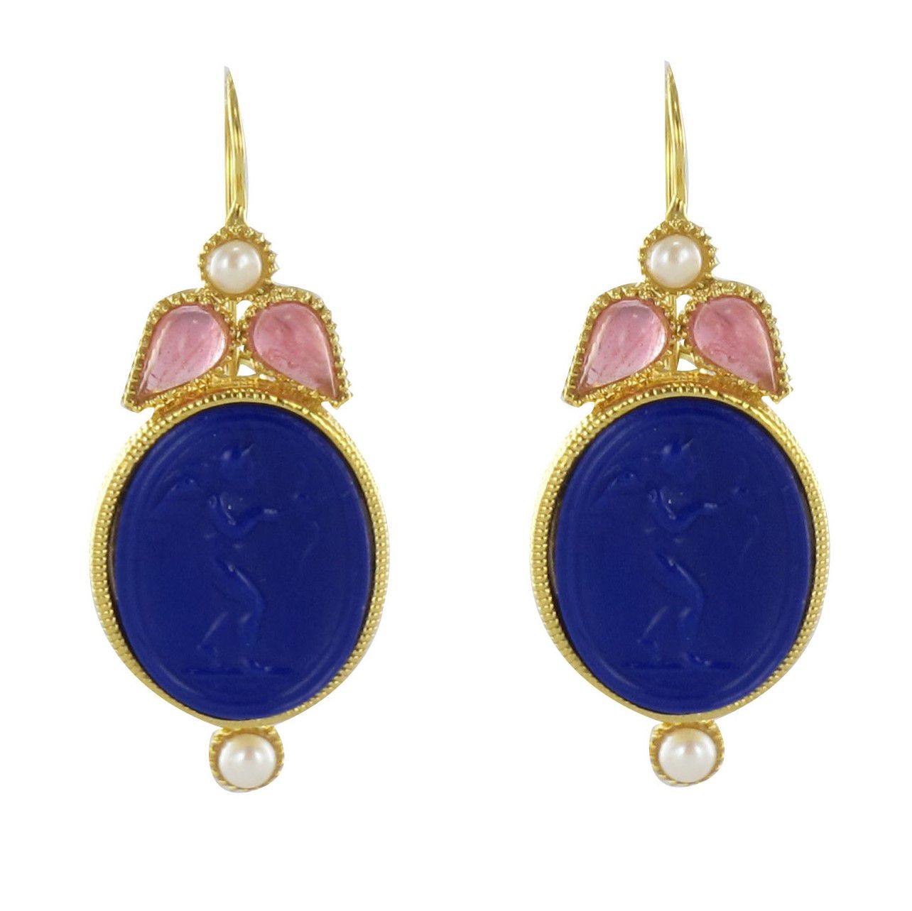 Boucles d\'oreilles intaille perle et cristaux