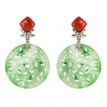 Boucles d\'oreilles jade corail et diamants