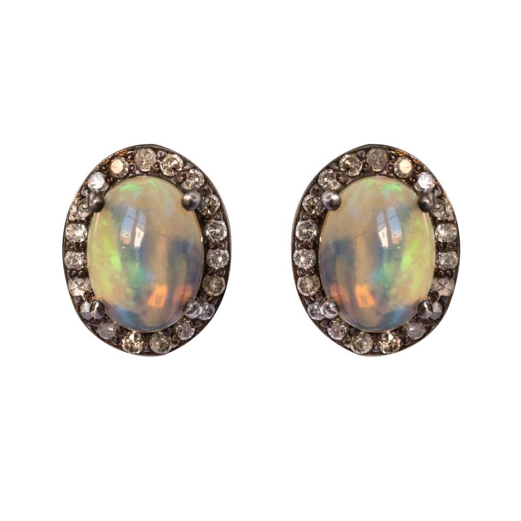 Boucles d\'oreilles opales et diamants