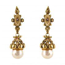 Boucles d\'oreilles pendantes or perles grenats