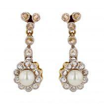 Boucles d\'oreilles pendantes perles et diamants
