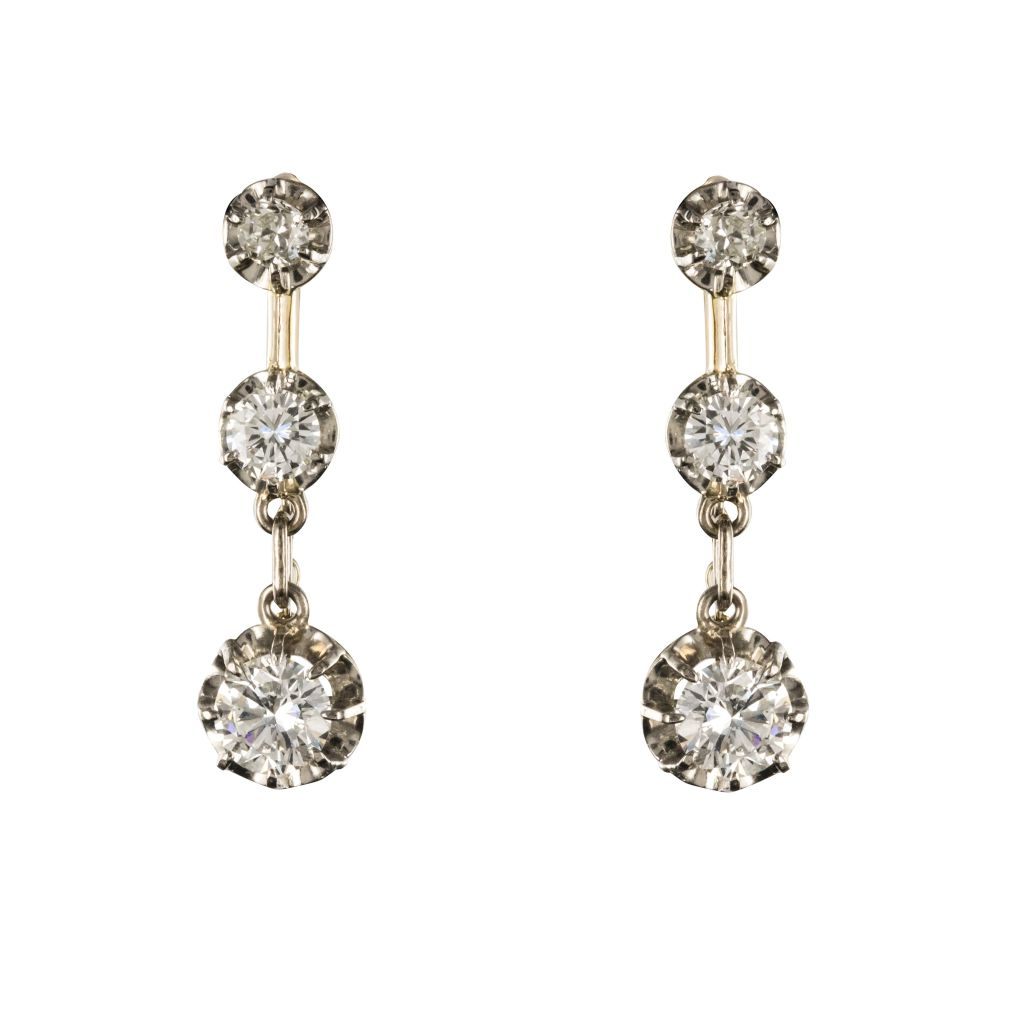 Boucles d\'oreilles trembleuses diamants 19ème siècle