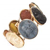 Bracelet ancien camées sur pierre de lave
