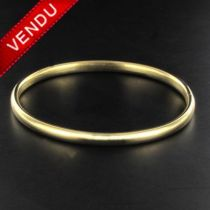Bracelet jonc ovale en or