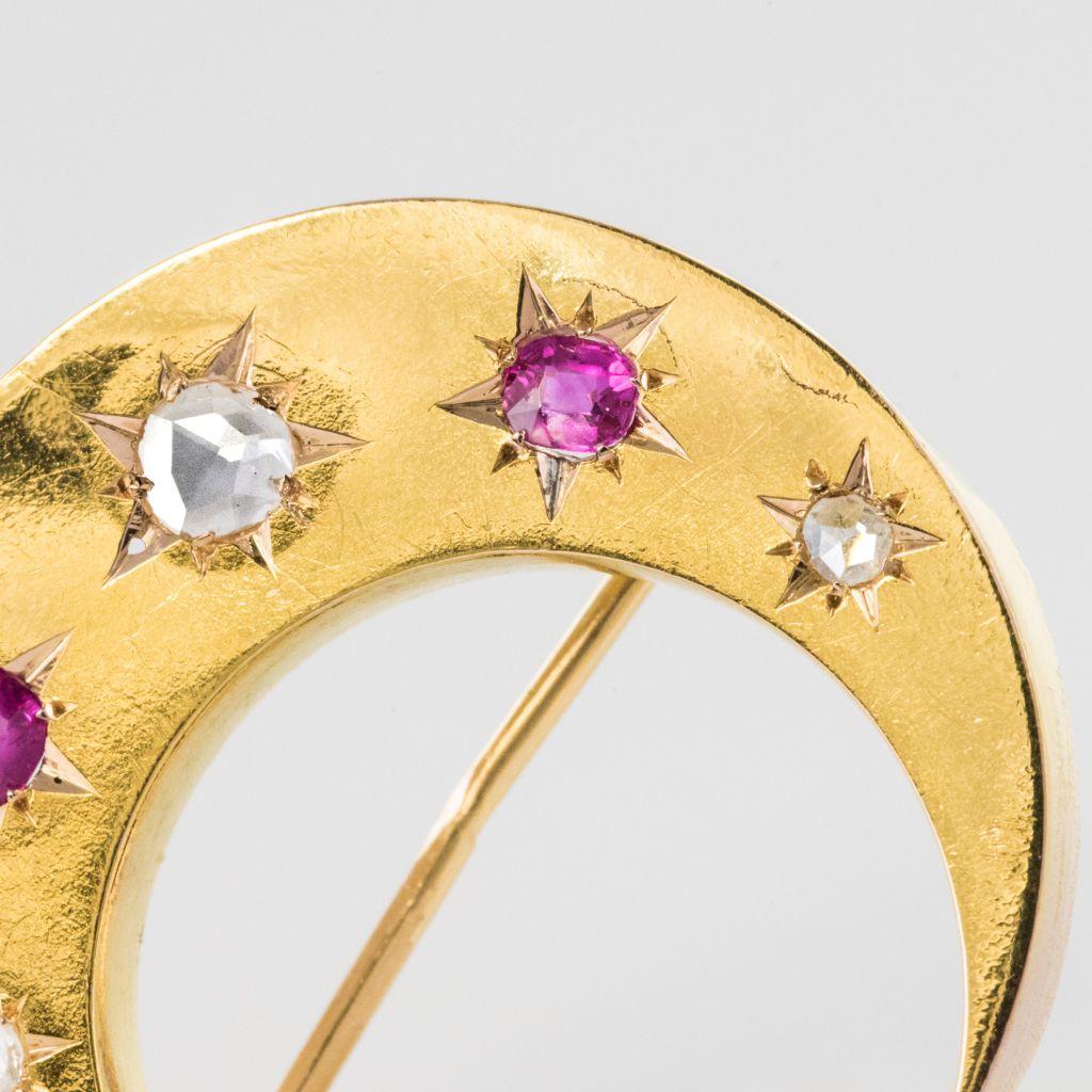 Broche ancienne croissant diamants rubis