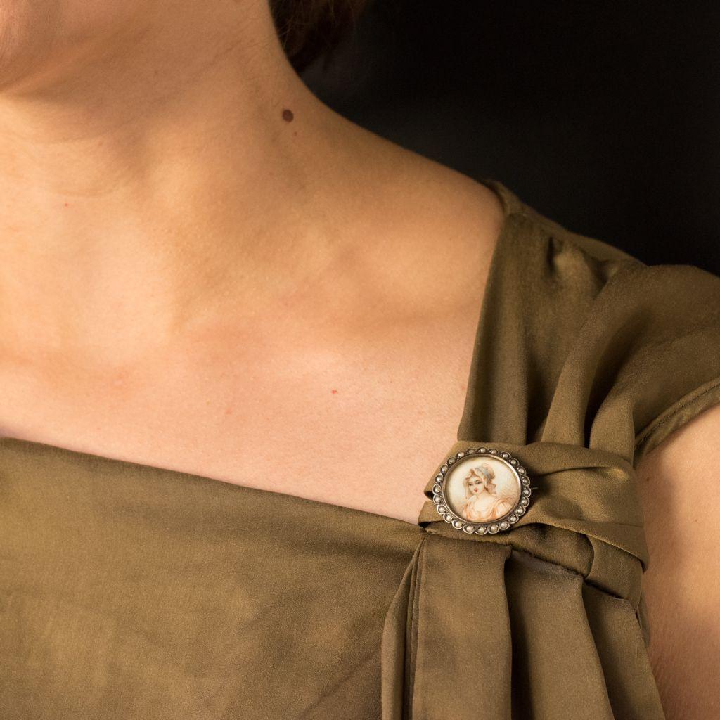 Broche ancienne miniature et perles sur argent