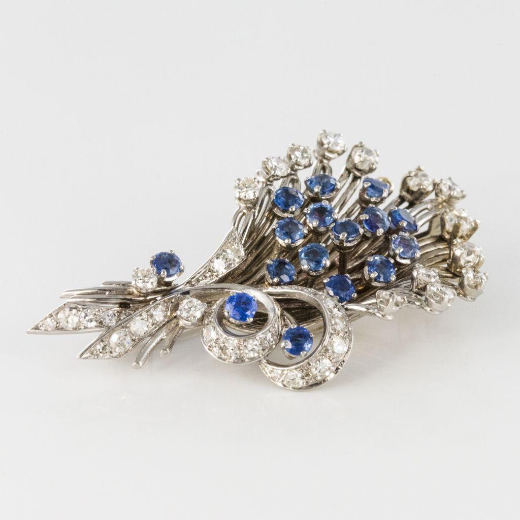 Broche bouquet saphirs diamants