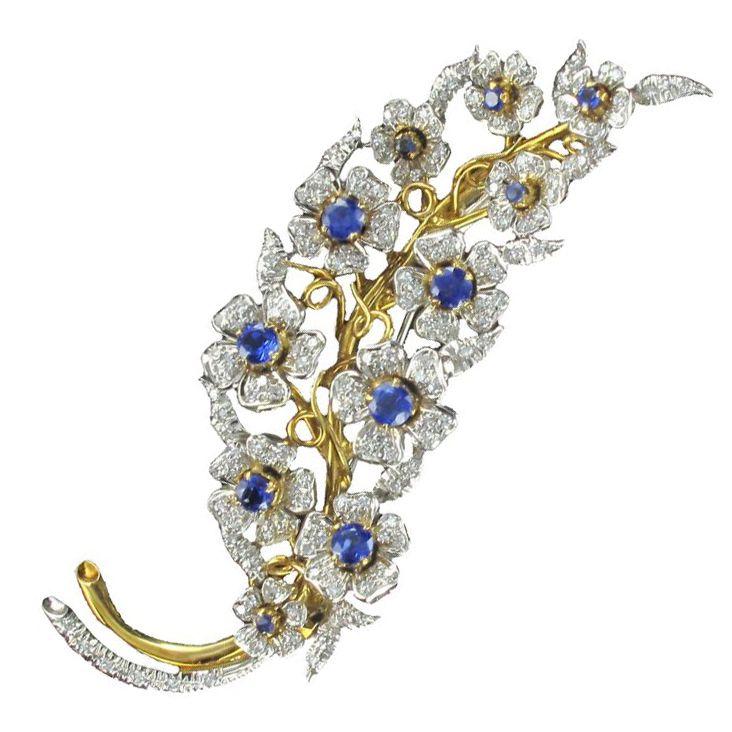 Broche saphirs et diamants, branche de fleurs
