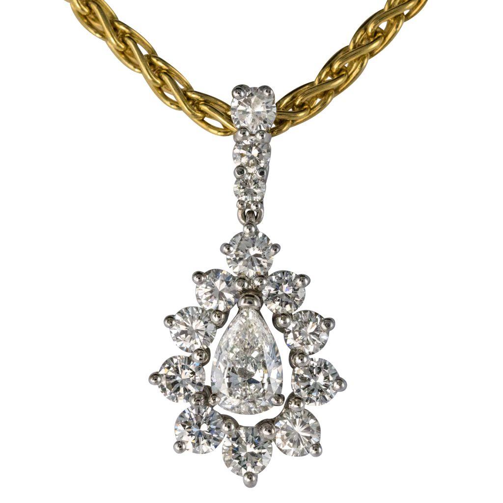 Closed set diamond pendant