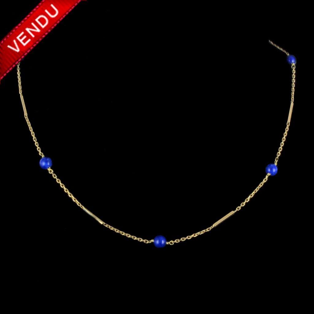Collier en or et perles de lapis lazuli