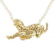 Collier perles et son motif panthère en or