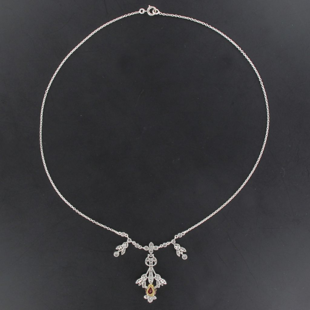 Collier Platine et or Rubis Diamants