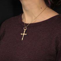 Croix ancienne Jeannette en or
