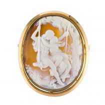 French Antique Fine perals and Agate Cameo Brooch
