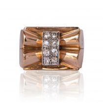 French Diamond Gold Bow Tank Ring