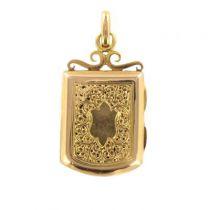 Médaillon ancien en or