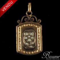 Médaillon anciens perles fines