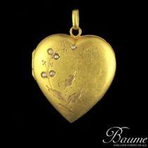 Médaillon en coeur or et perles fines