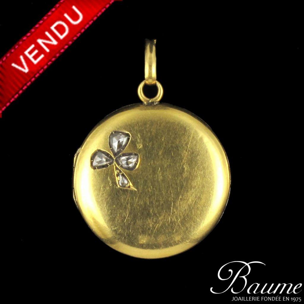 Médaillon en or, trèfle en diamants