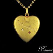 Médaillon en or en forme de coeur