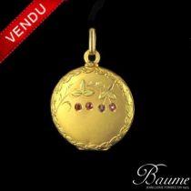 Médaillon en or rond à décor de cerises