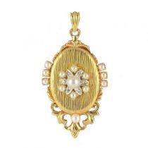 Médaillon ouvrant perles et diamants