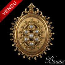 Médaillon perles et or