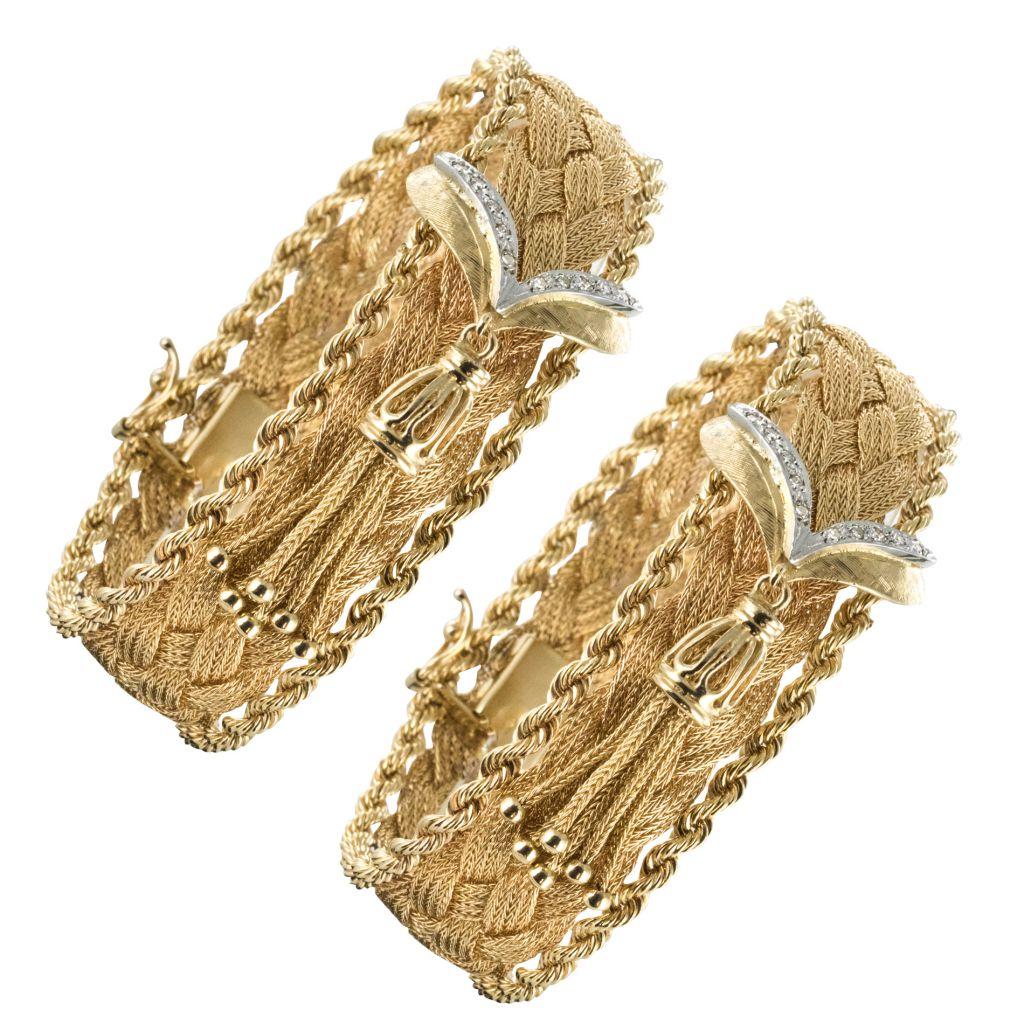 Paires de bracelets tresse d\'or et diamants