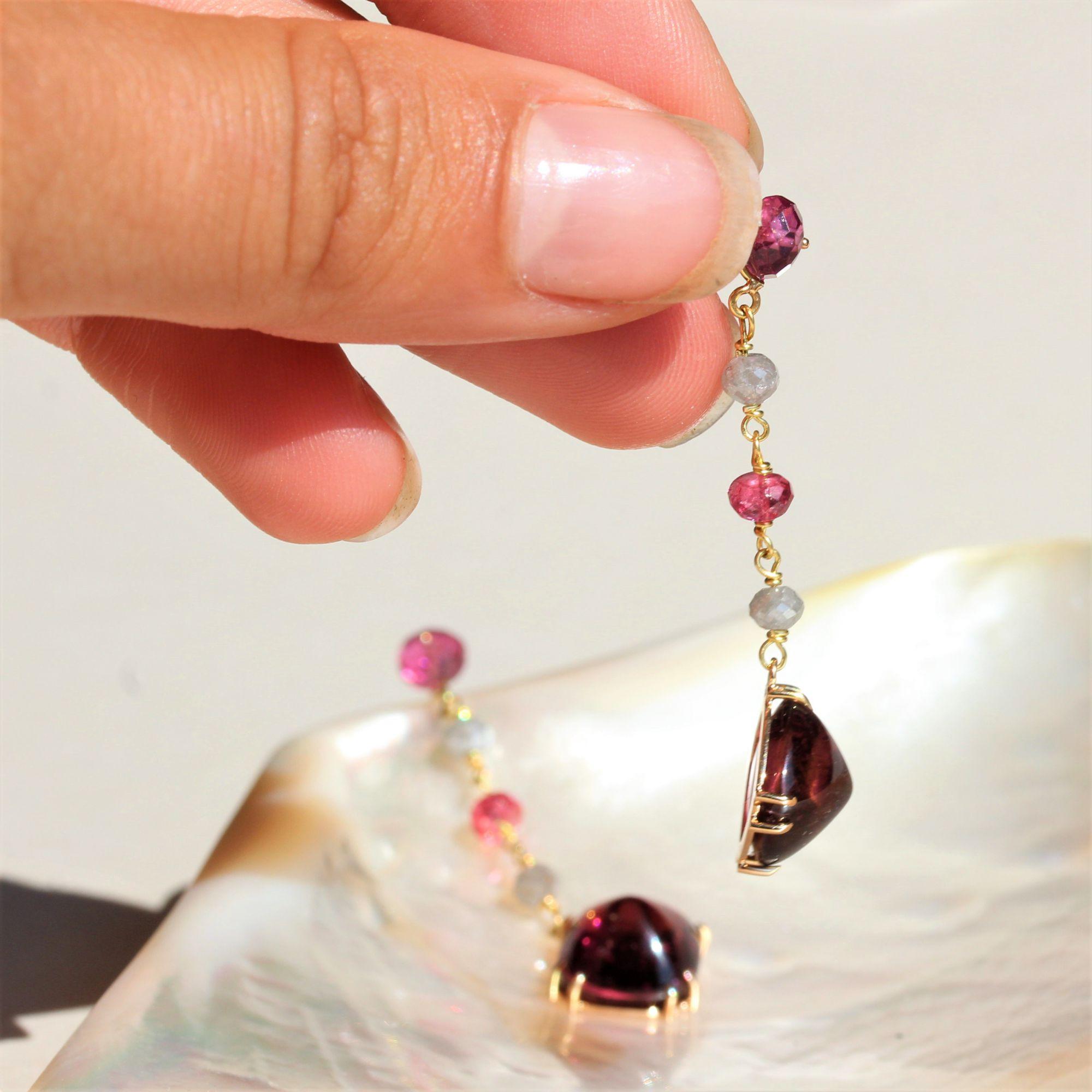 Pendants d\'oreilles tourmalines spinelles et diamants