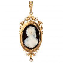 Pendentif / Broche camée et perles fines