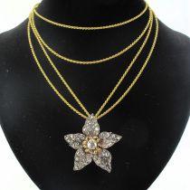 Pendentif ancien fleur diamants