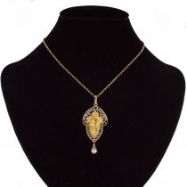 Pendentif ancien Vierge saphir perle fine