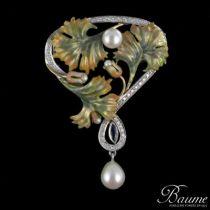 Pendentif Broche Art nouveau émail, perles, diamants et saphir