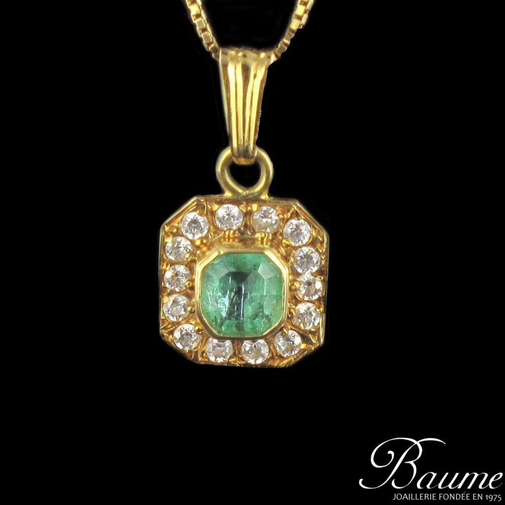 Pendentif émeraude et diamants, or jaune