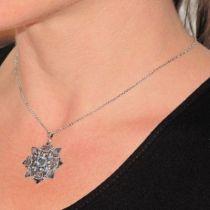 Pendentif Flocon Cristaux de Swarovski, Email et perles