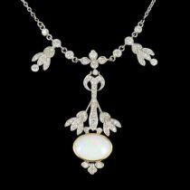 Pendentif Opale et diamants G 2