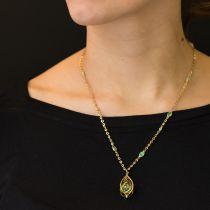 Pendentif péridot et sa chaîne sertie d\'opales