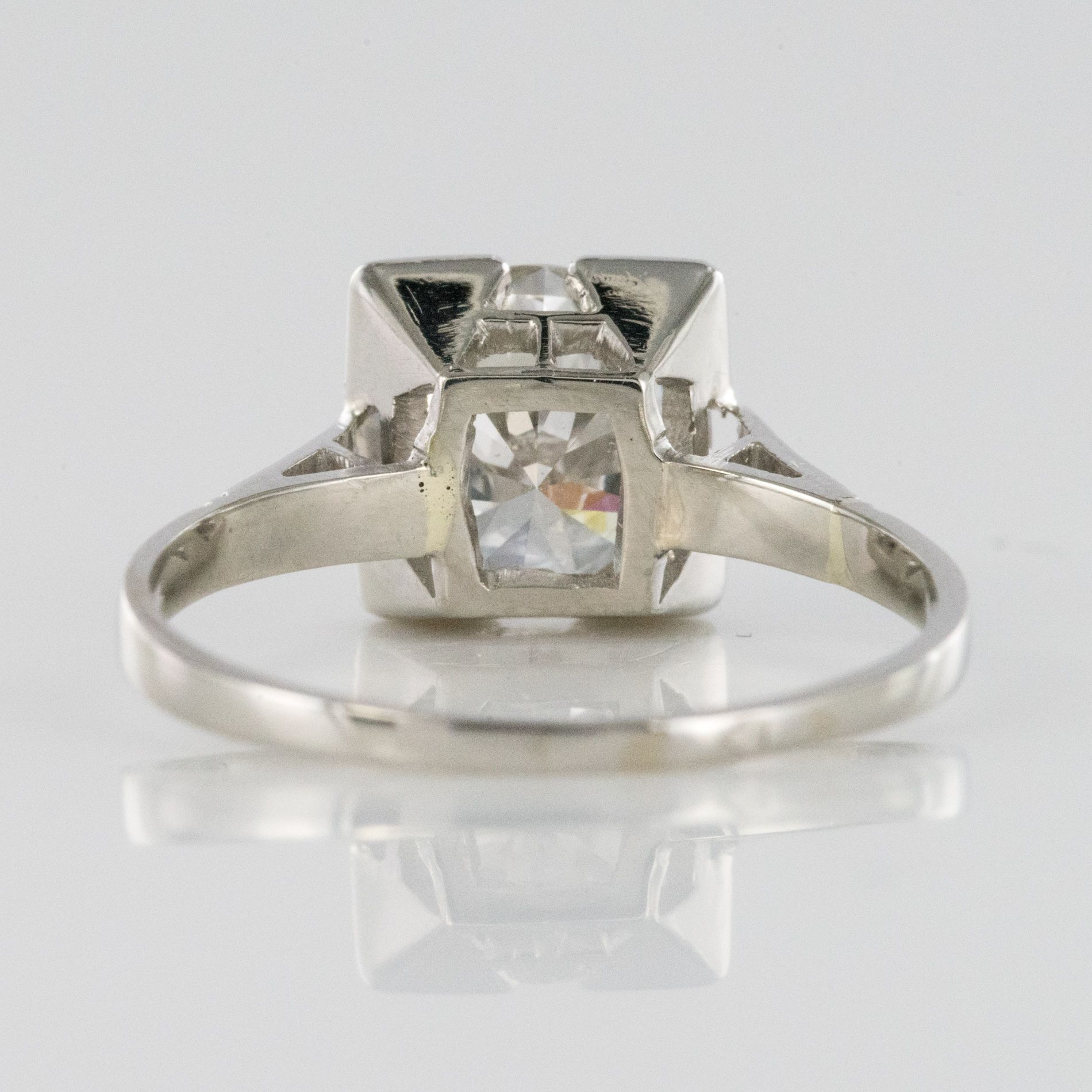 Solitaire diamant art déco